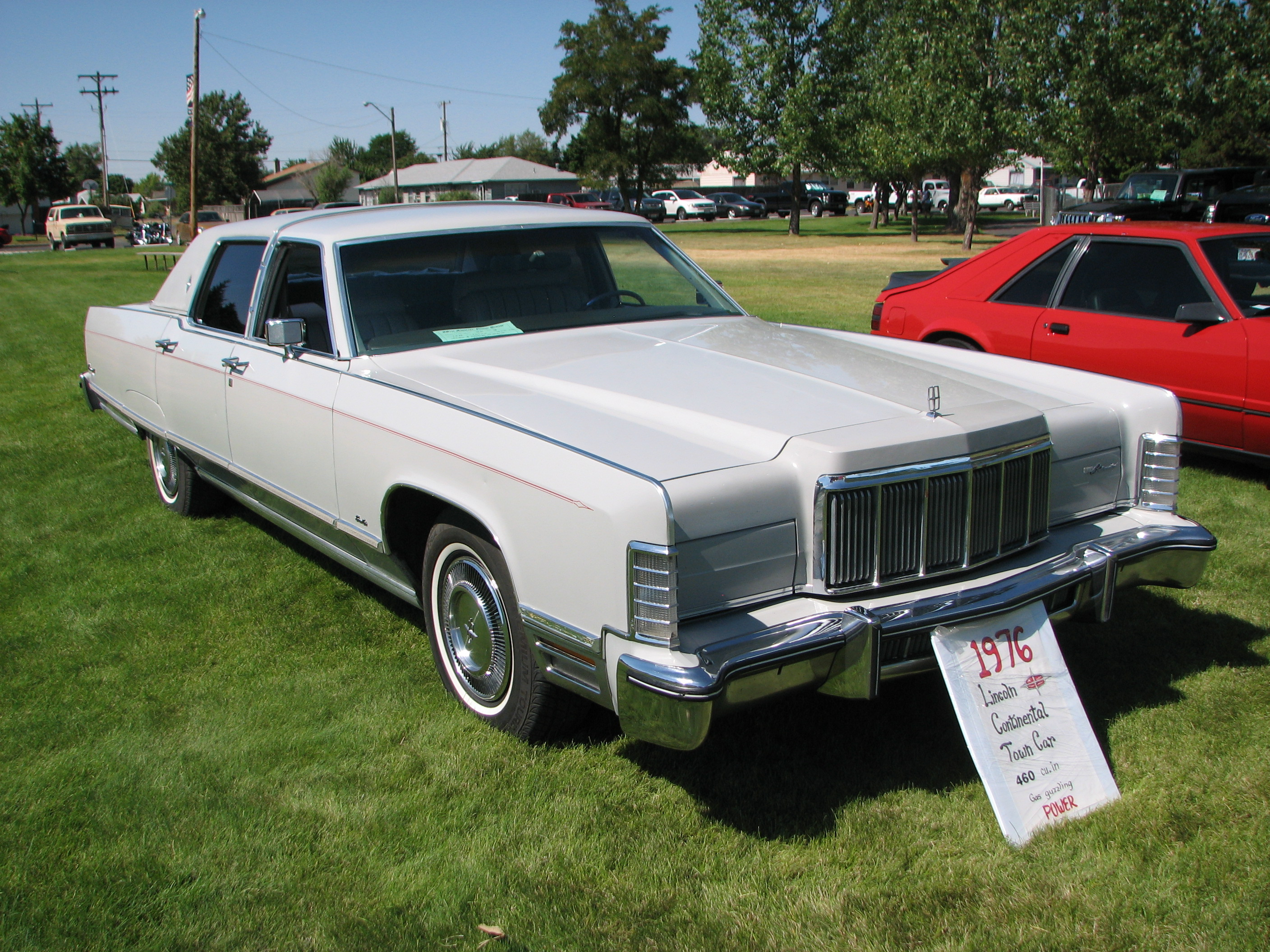 1976 Lincoln Town Car Fullsizeford