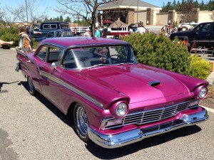 1957-Ford-Fairlane-2