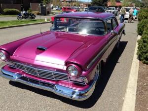 1957-Ford-Fairlane-3
