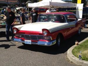 1957-Ford-Fairlane-500-2